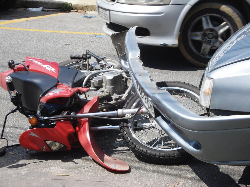 Resultado de imagem para acidentes de motos